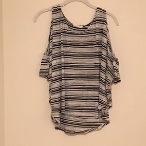 LUSH stripped top with peekaboo shoulder sleeves
